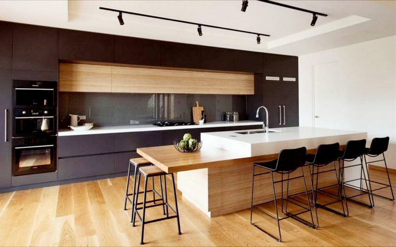 Многоуровневая стойка на кухне