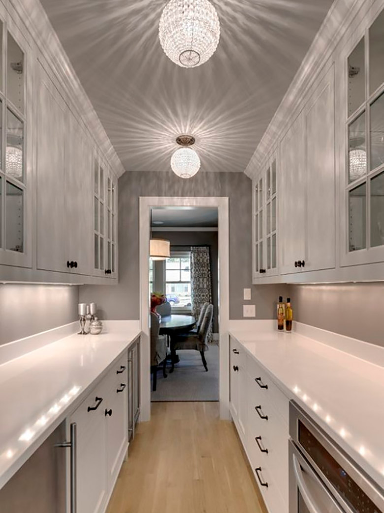 Освещение узкой кухни