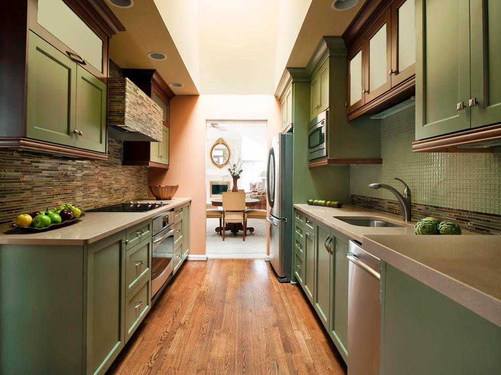 Узкая кухня без стола