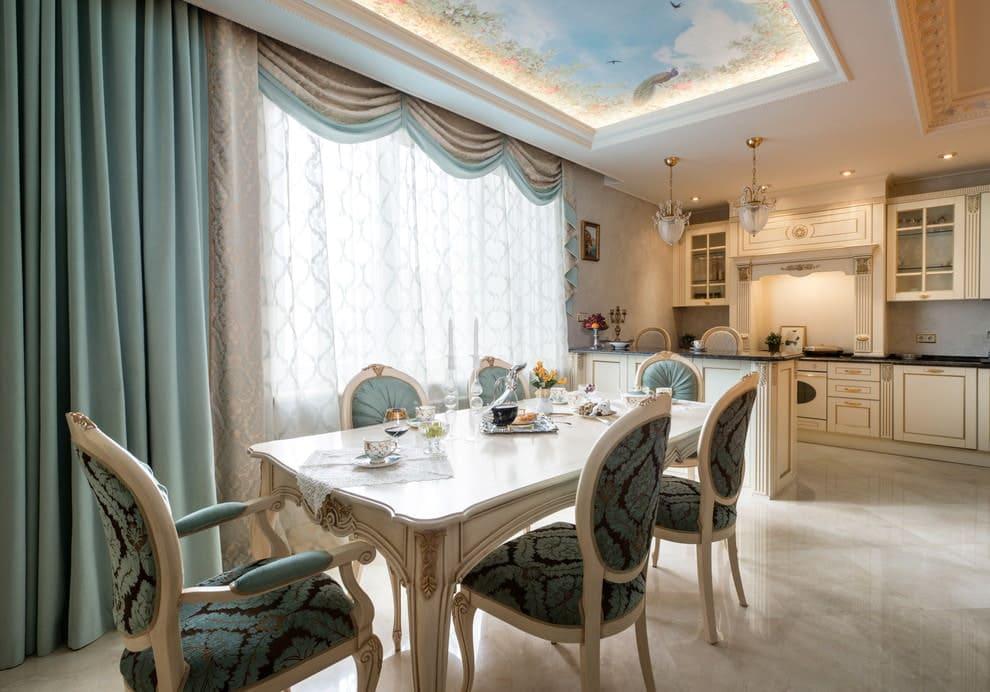 гардины для кухни в классическом стиле