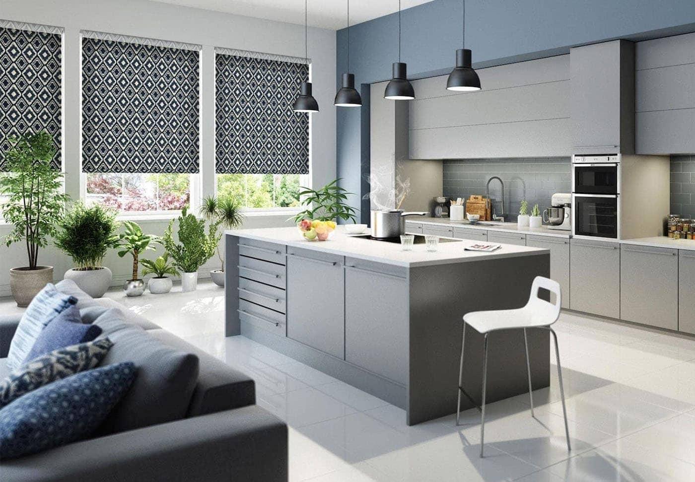 рулонные шторы на кухне хай тек