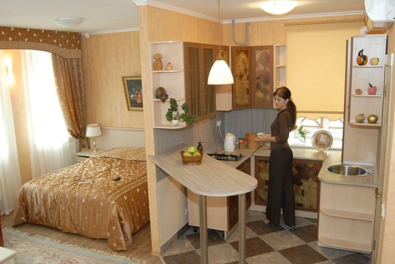складная мебель в кухне-спальне