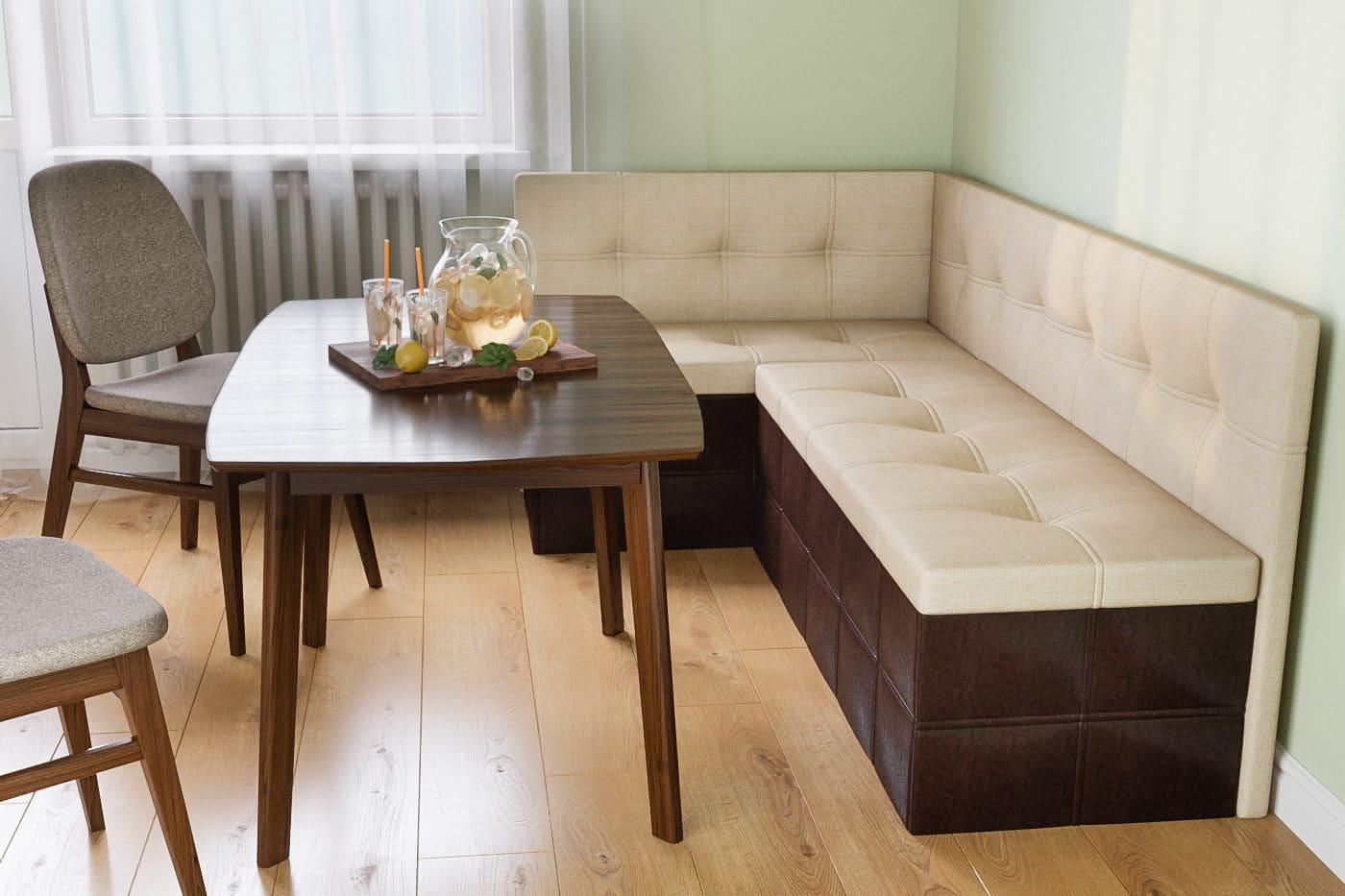 угловой диван в кухне со спальней