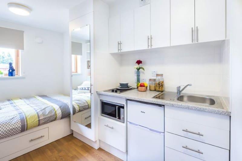 односпальная кровать для кухни-спальни