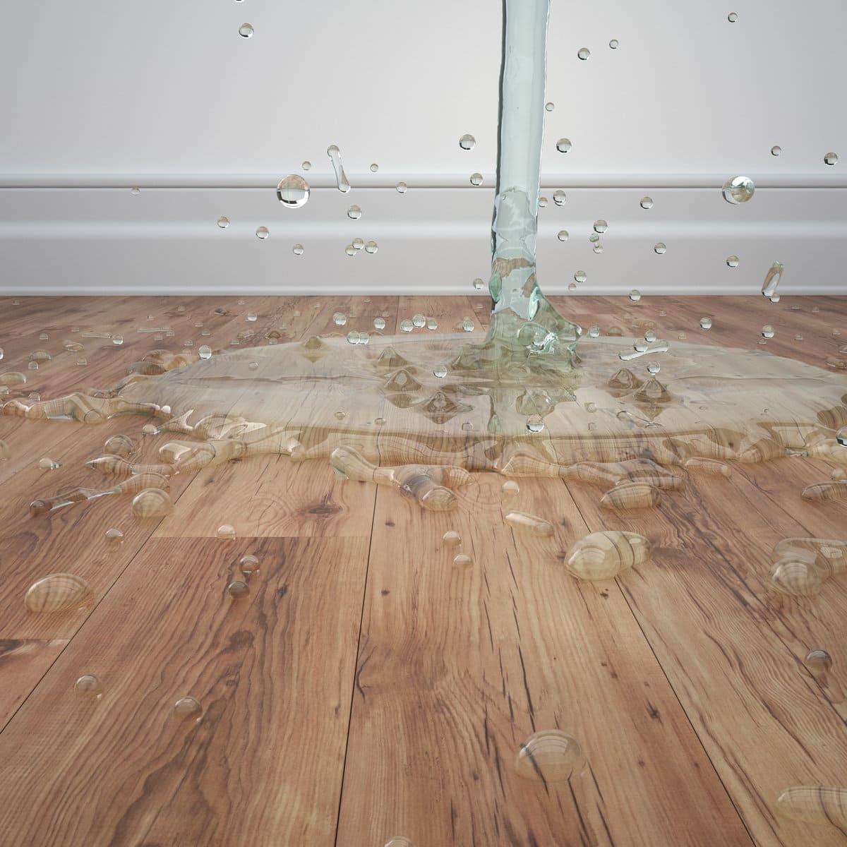 кипяток на полу в кухне