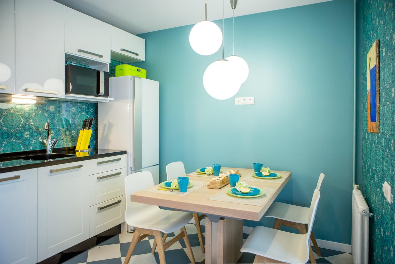 покрашенные стены на кухне 12 метров