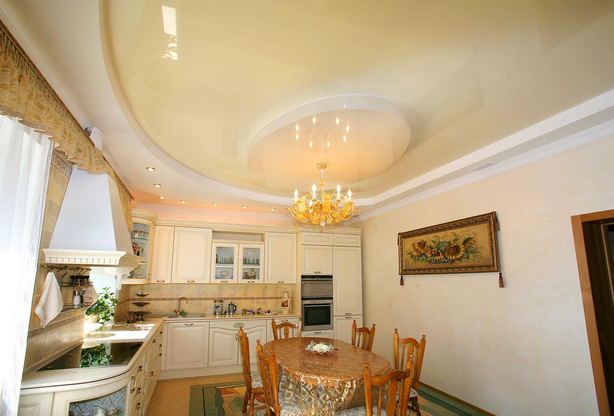 двухуровневый потолок на кухне 12 метров