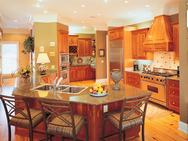 оранжевая кухня в стиле кантри