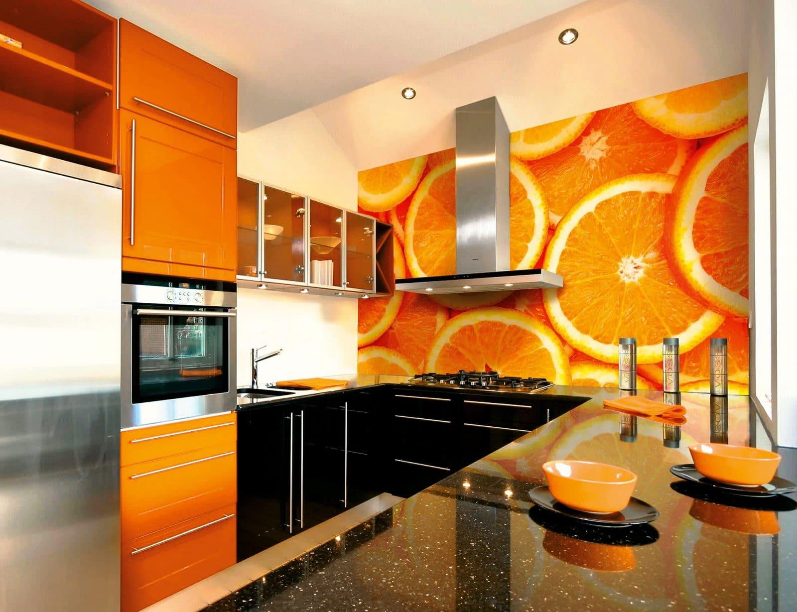 фотообои в интерьере оранжевой кухни