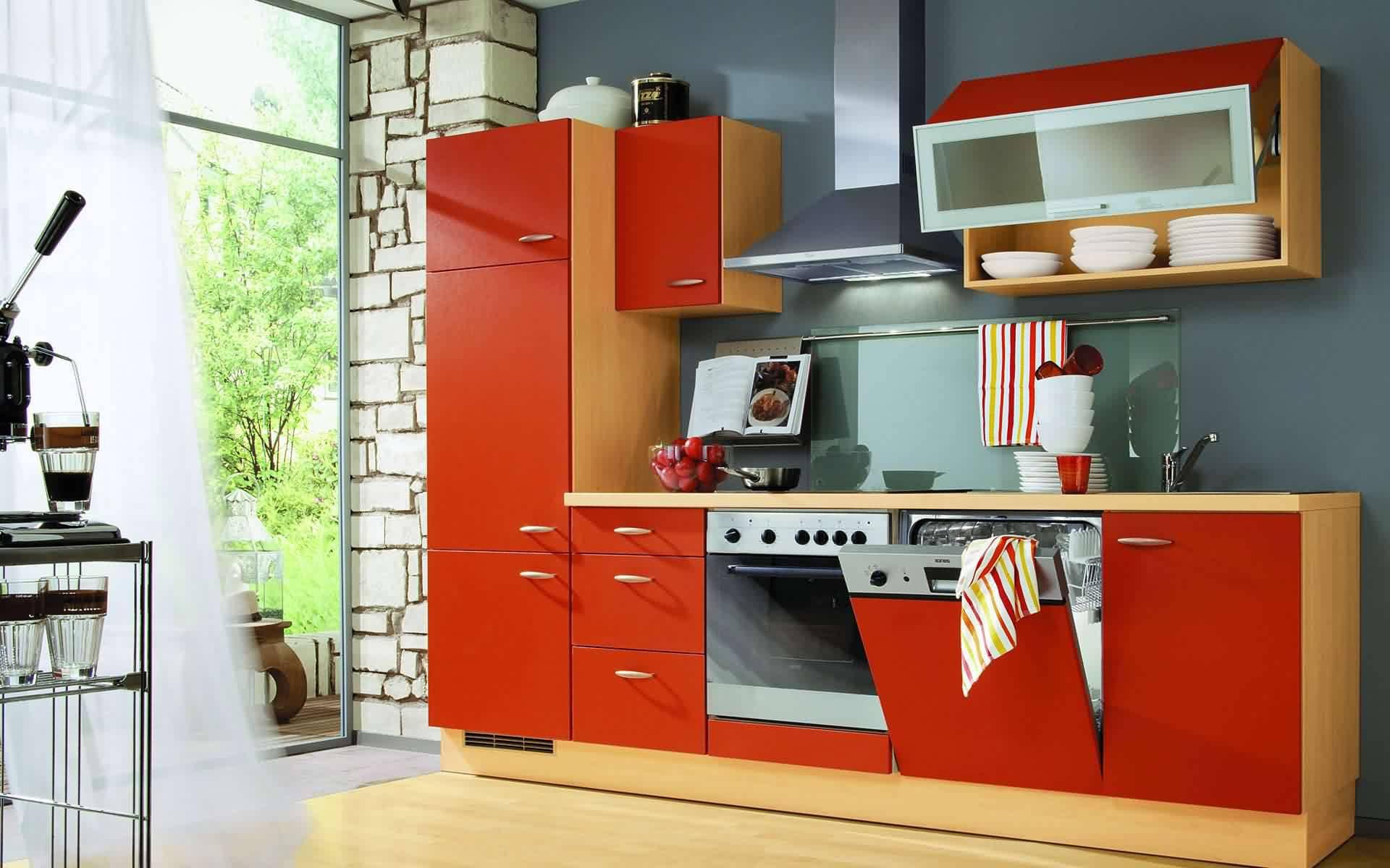 красно-оранжевая кухня