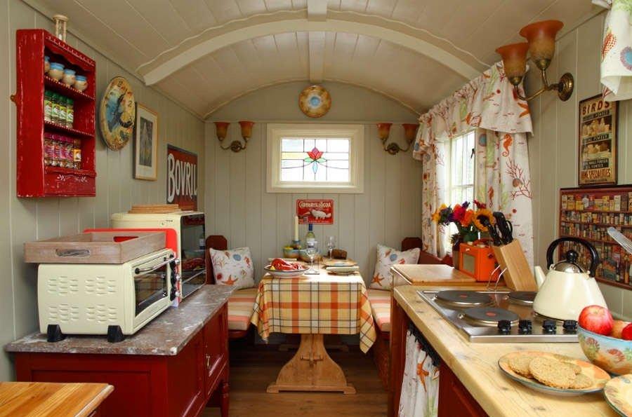 кухня на небольшой даче