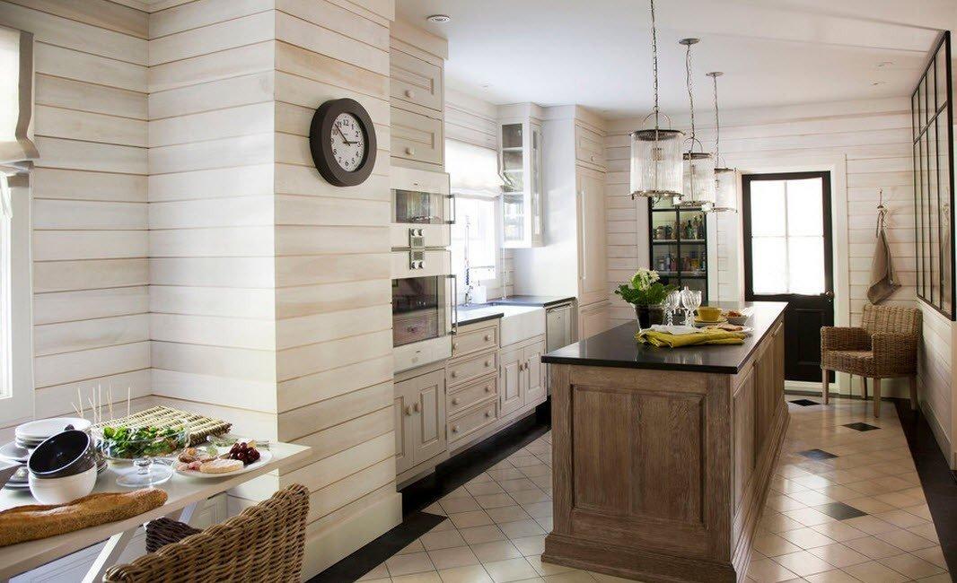панели мдф на стенах кухни в деревянном доме