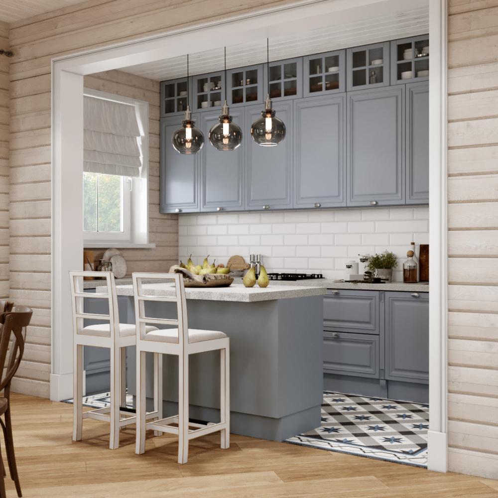 серая кухня в деревянном доме