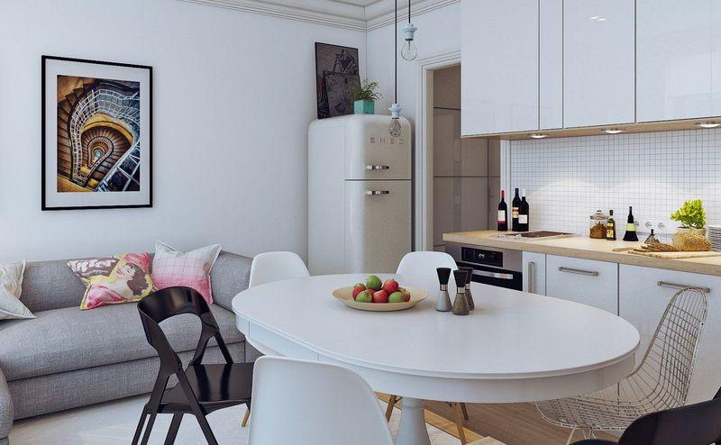 удобный стол в гостиной