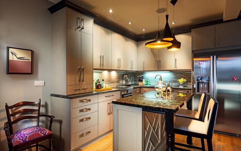 освещение для кухни-студии