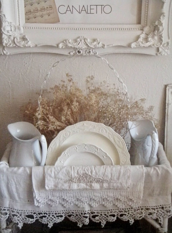 Белые аксессуары для кухни прованс