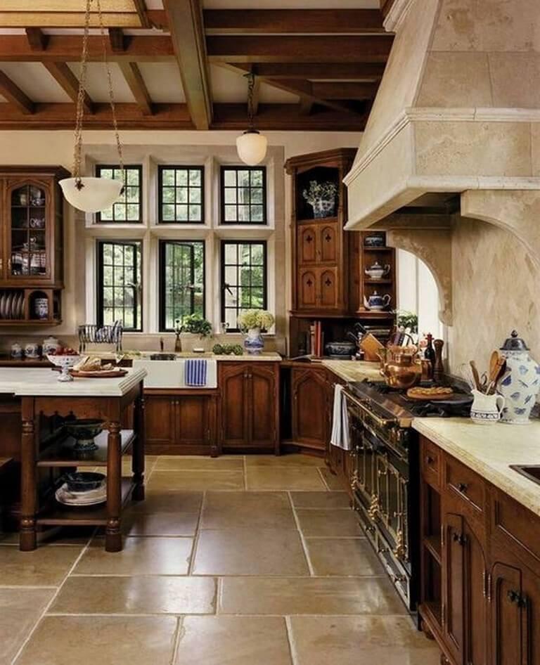 Кухня прованс в коричневых тонах