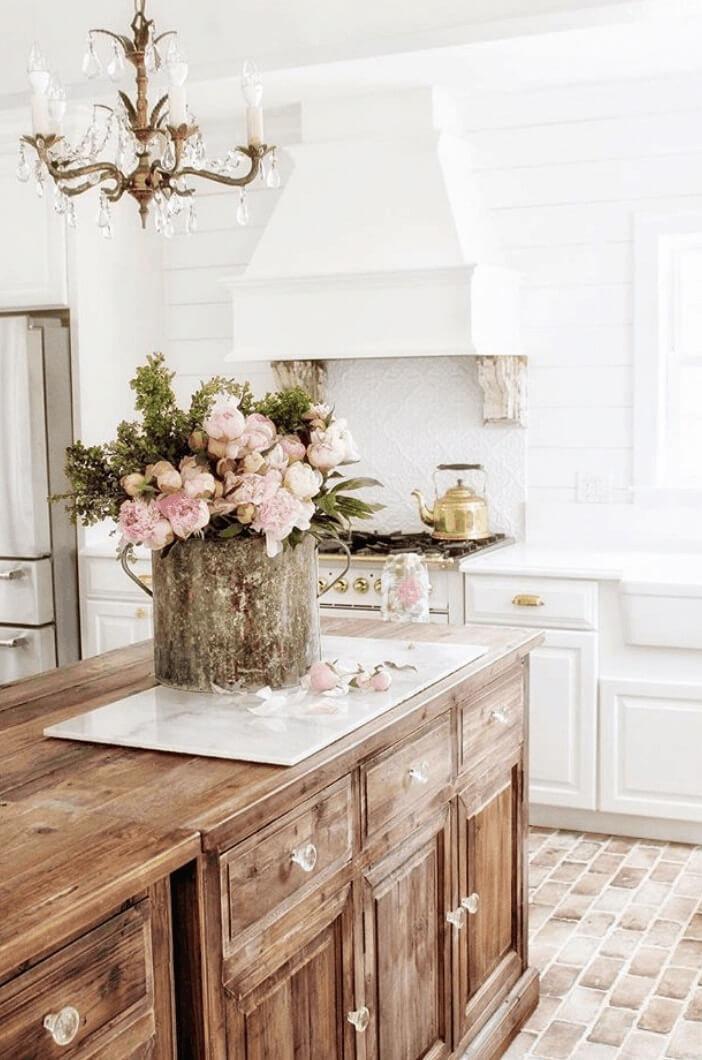 Винтажные элементы кухни прованс