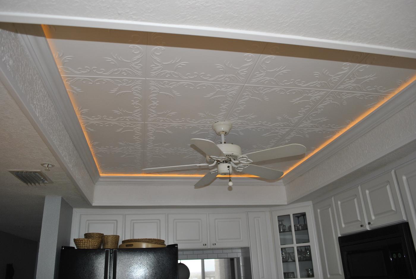 пенопластовые плитки на потолке