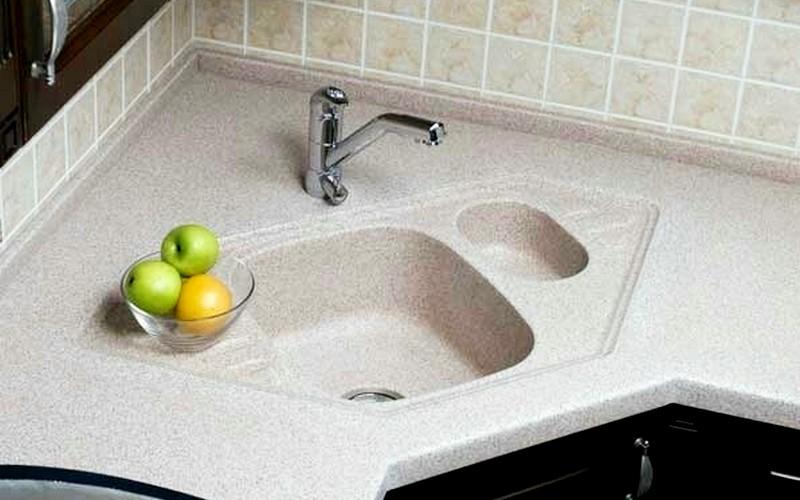 интегрируемая мойка на кухню