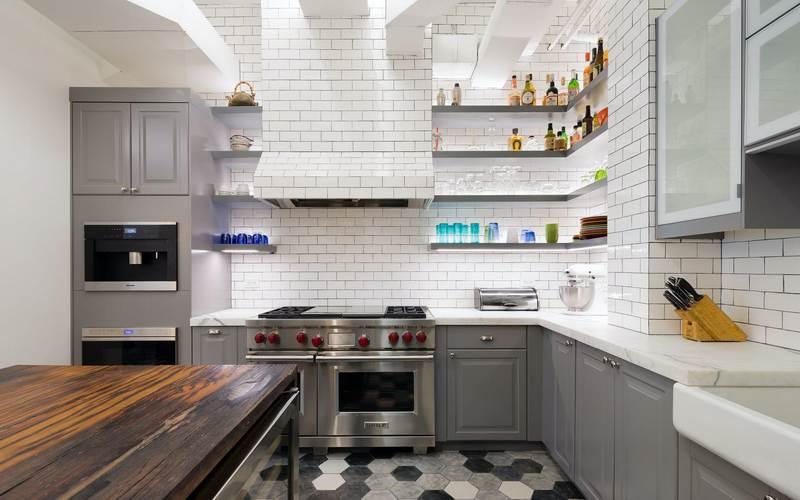 красивая кухня в стиле лофт