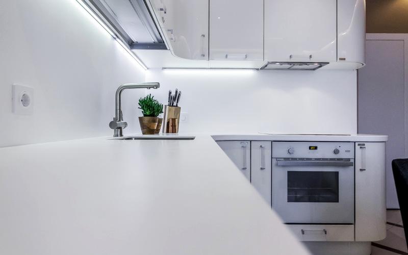 освещение фартука на кухне