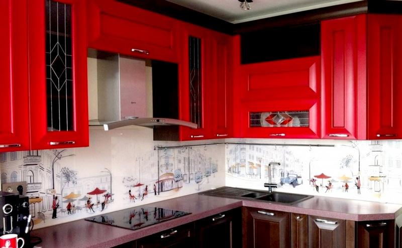 интерьер кухни в красно-черных тонах