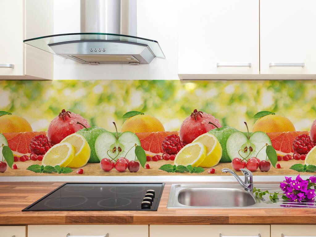 фартук из поликарбоната с фруктами