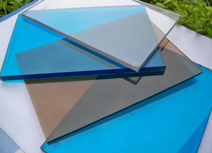 прозрачный фартук из акрилового стекла