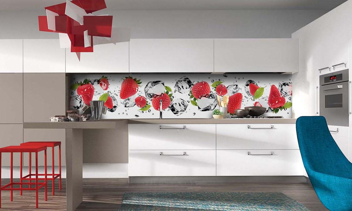 красивый кухонный фартук из пластика