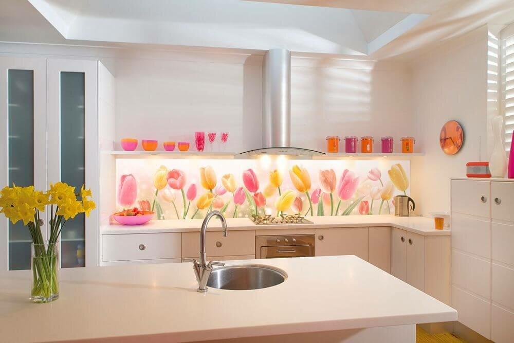пластиковый фартук для кухни с принтом тюльпаны