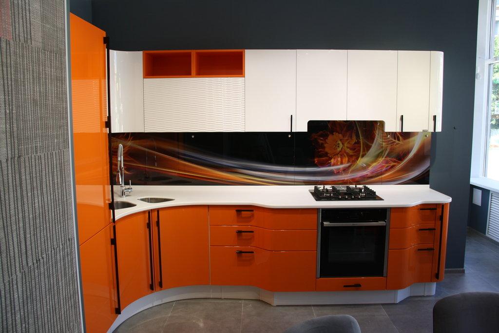 кухня мария с закругленными нижними шкафами