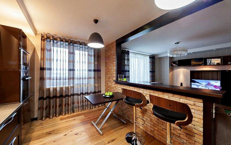 кухня с барной стойкой для студии