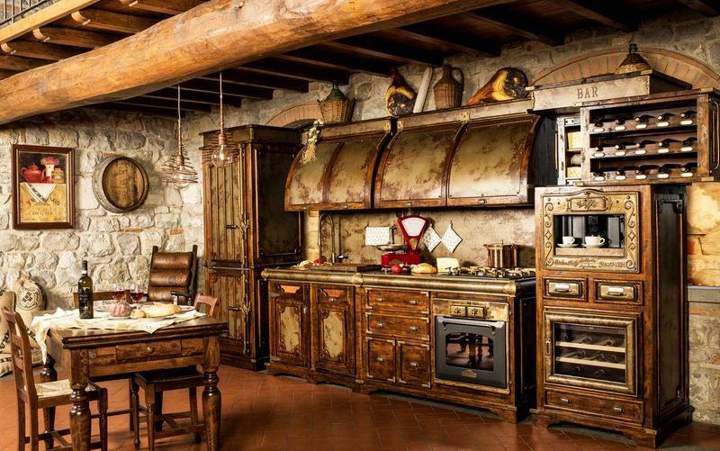 кухня под старину из дерева