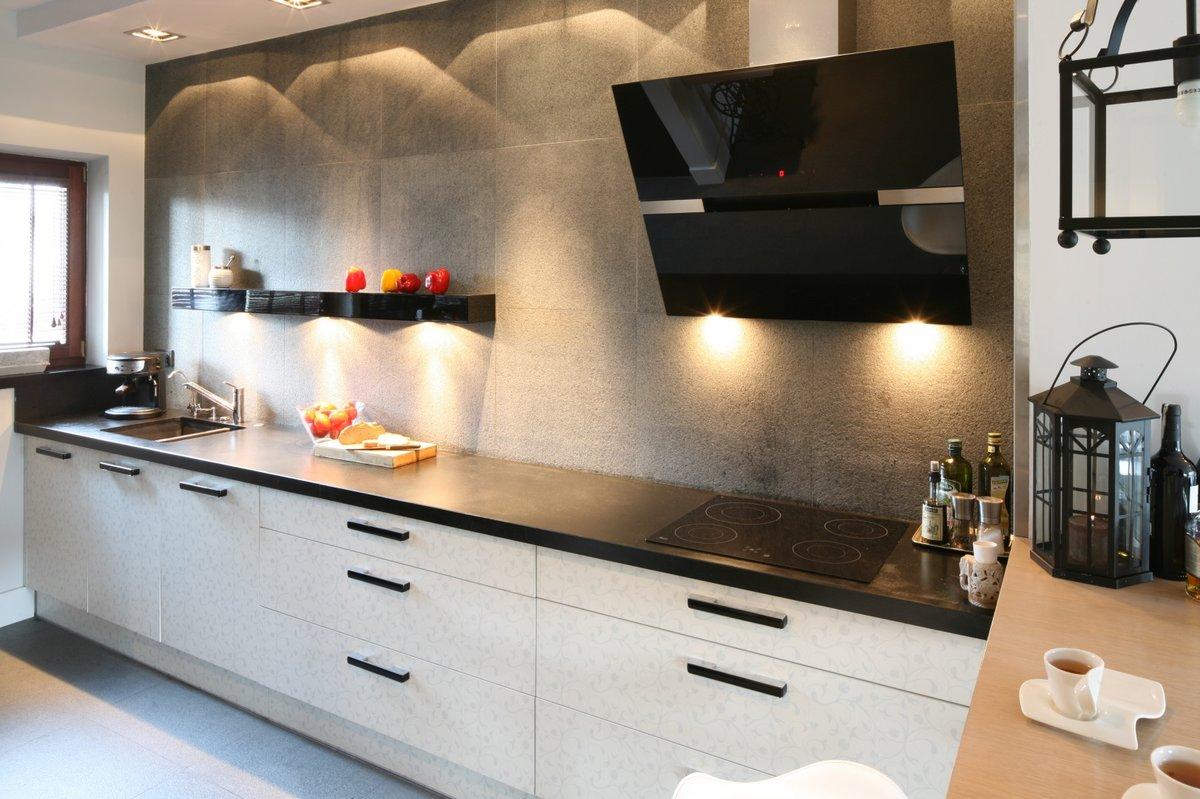 высокие нижние шкафы кухня