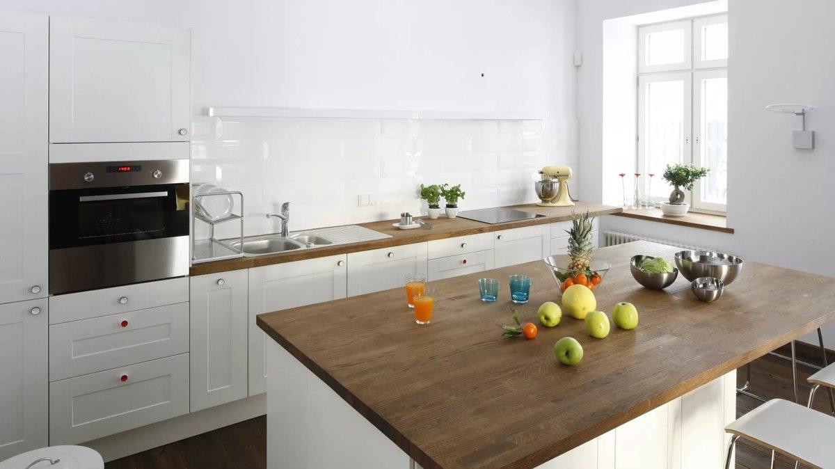 п-образная кухня без верхних шкафов