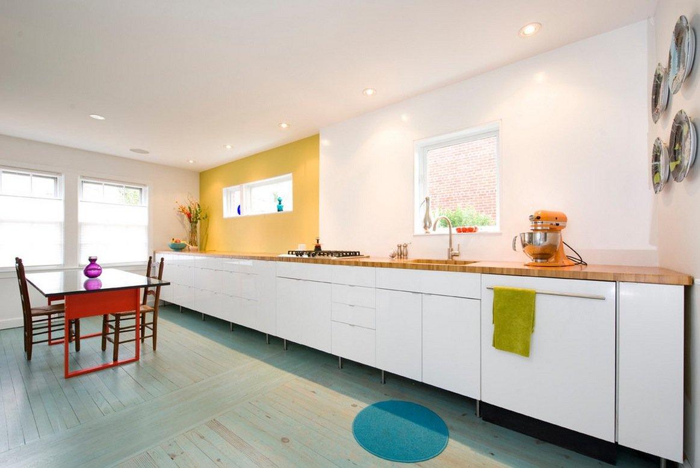 длинная кухня без верхних шкафов
