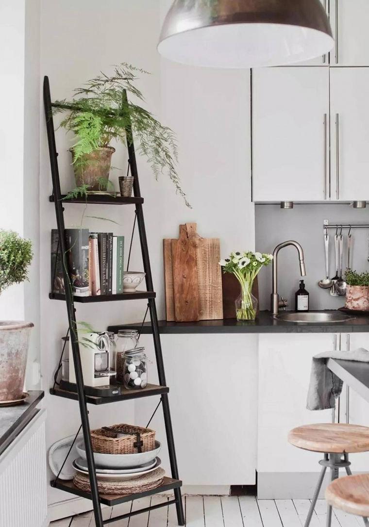 стеллаж для кухни под углом