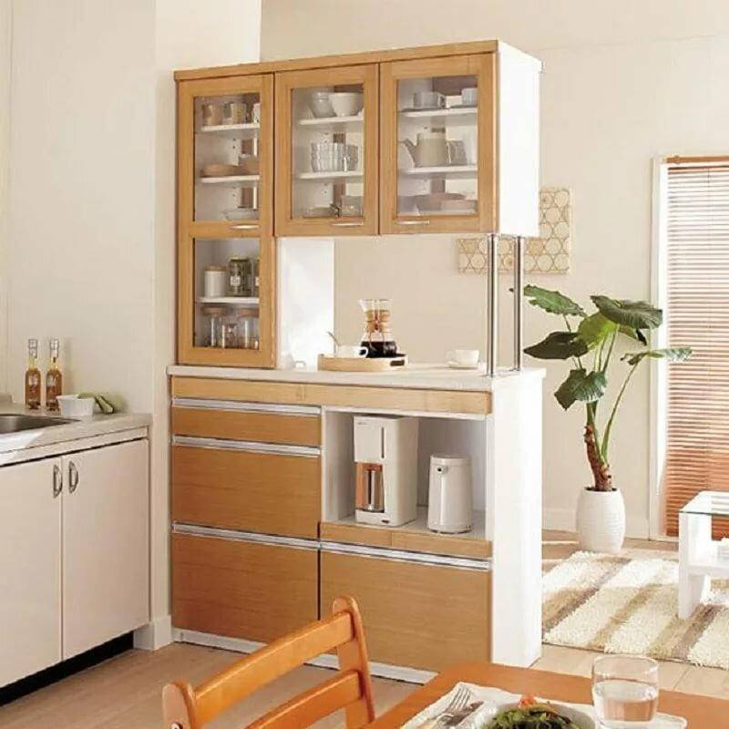 стеллаж встроенный в кухонную мебель