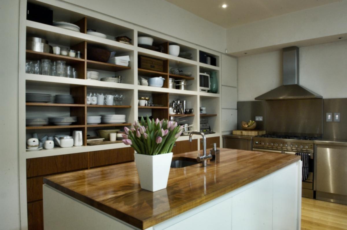 стеллаж для кухни до потолка