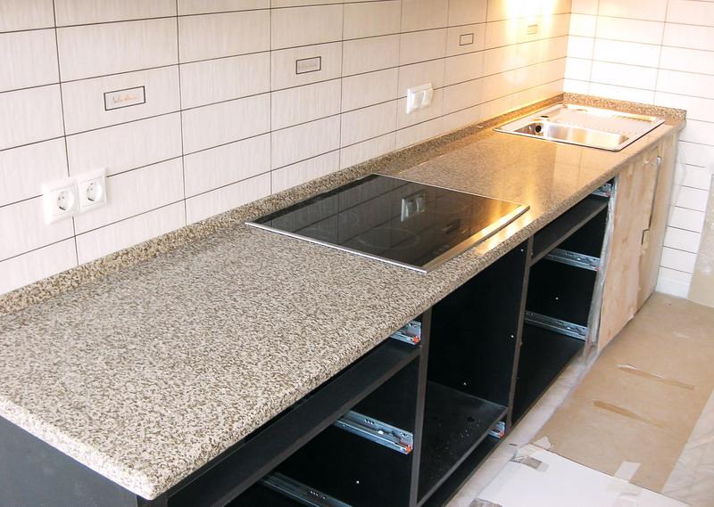 пластиковая столешница для кухни с качественной ламинацией