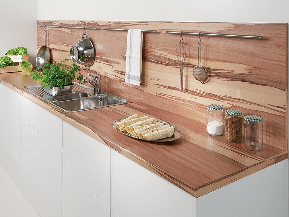 стильная пластиковая столешница для кухни