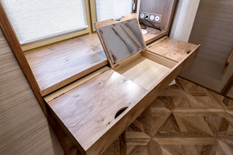 стол-подоконник для кухни