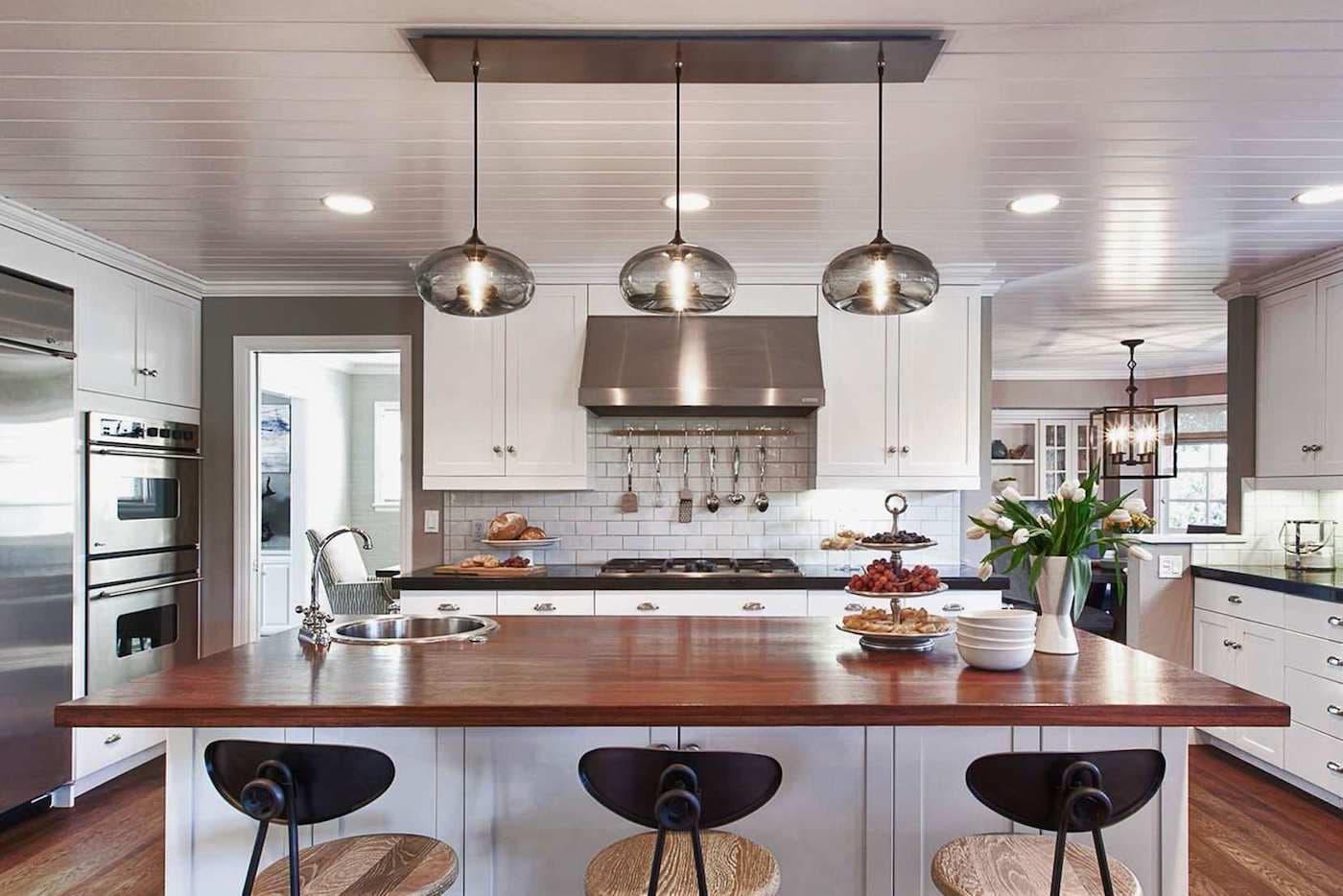 точечное освещение рабочей зоны кухни