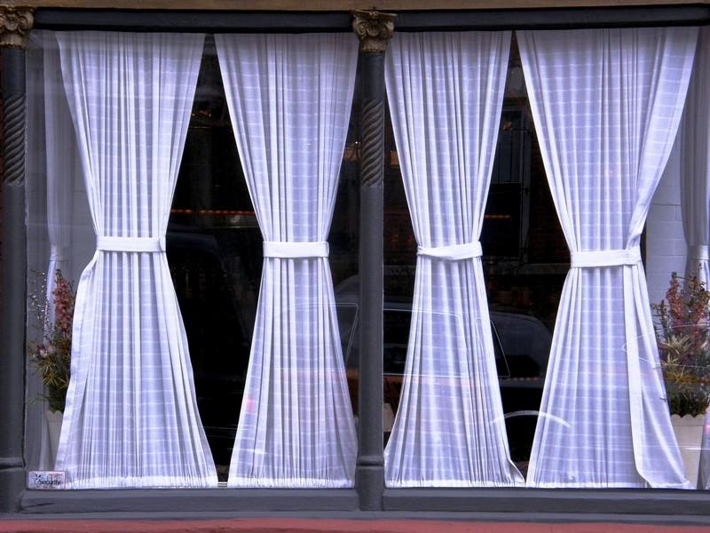Витражные шторы на окно