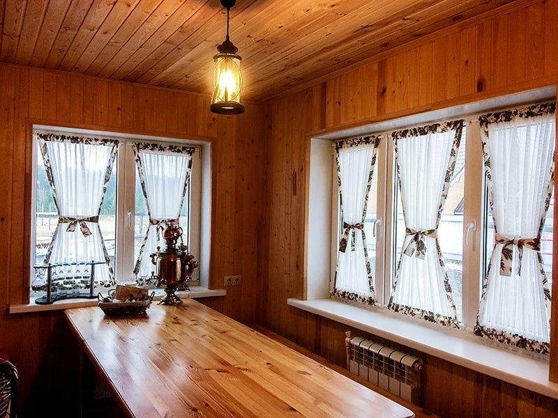 красивые витражные шторы