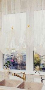 шторы из органзы на кухню