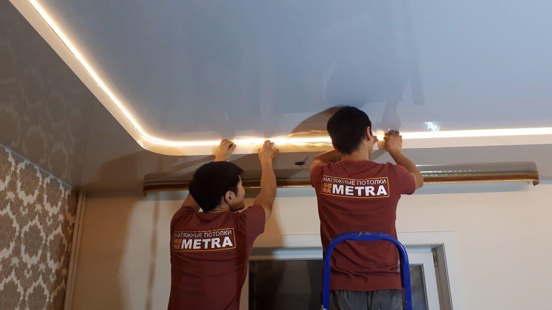 профессионалы могут быстро и хорошо помыть потолок
