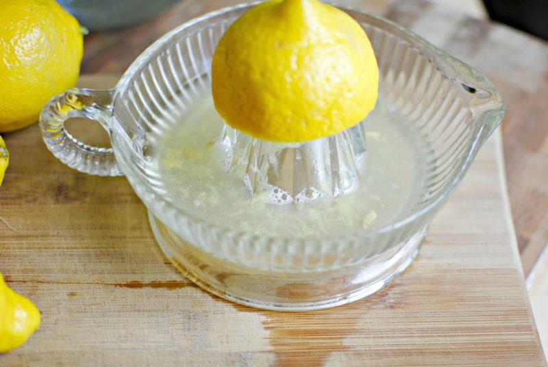 сок лимона справится с любыми загрязнениями