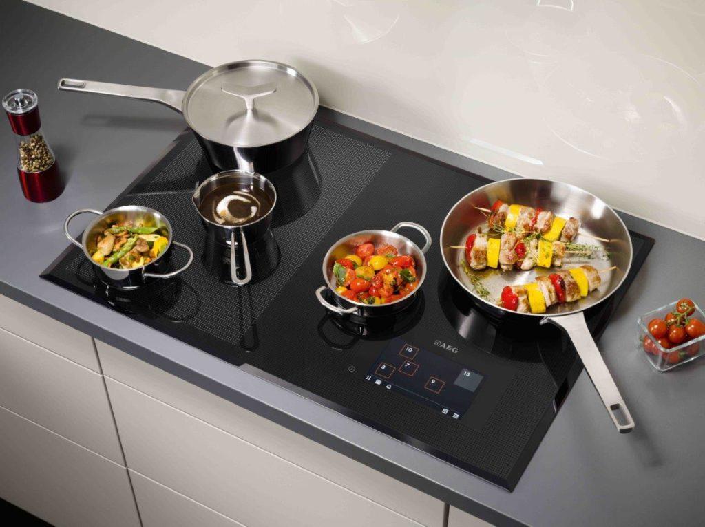 неподходящая по размеру посуда может царапать стеклокерамику